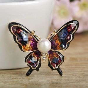 Jewelry - Gorgeous Gold Colorful Butterfly Brooch with Pearl